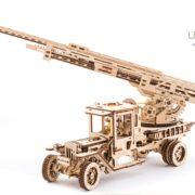 Ugears-Camionul-de-pompieri-02