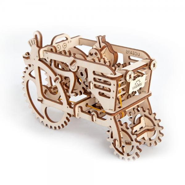 tractor ugears, ugears, puzzle tractor ugears, puzzle 3d mecanic ugears, puzzle lemn, puzzle-uri, puzzle lemn, puzzle mecanic lemn, puzzle 3d lemn