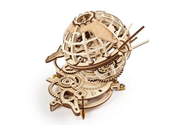 ugears, puzzle ugeras, puzzle mecanic, puzzle mecanic 3D, 3D, glob pamantesc, glob pamantesc ugears